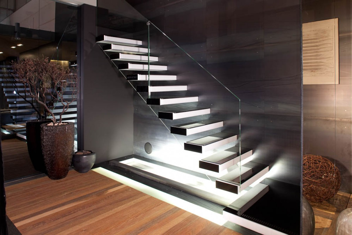 Floating staircase allarchitecturedesigns for Modern glass designs