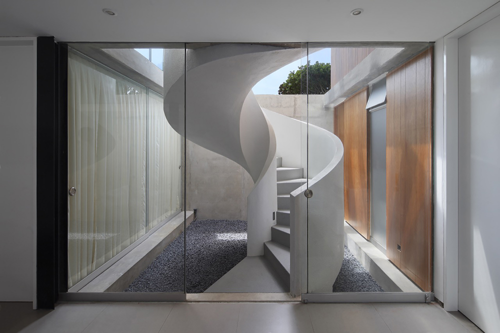 Spiral_stairs_10