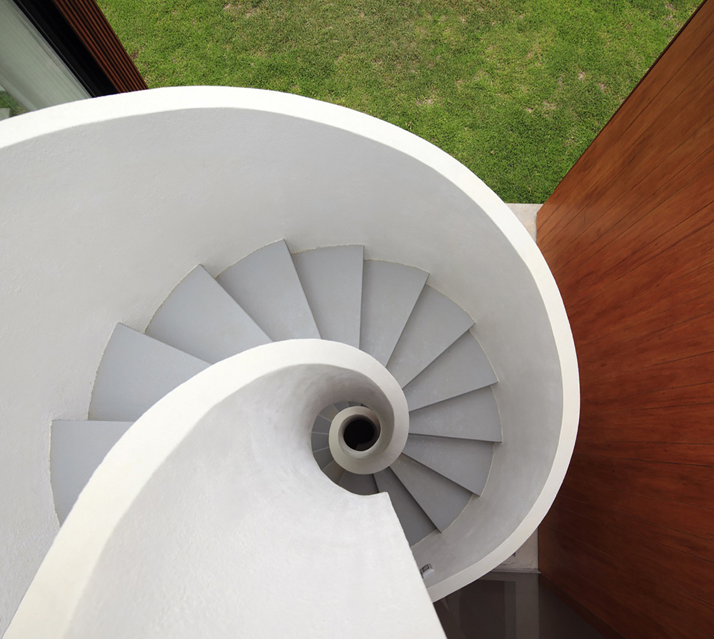 Spiral_stairs_4