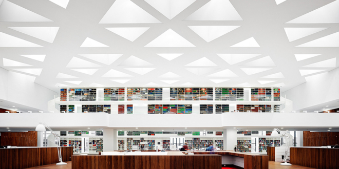 education-center-by-kaan-architecten-with-remarkable-bookcase_n
