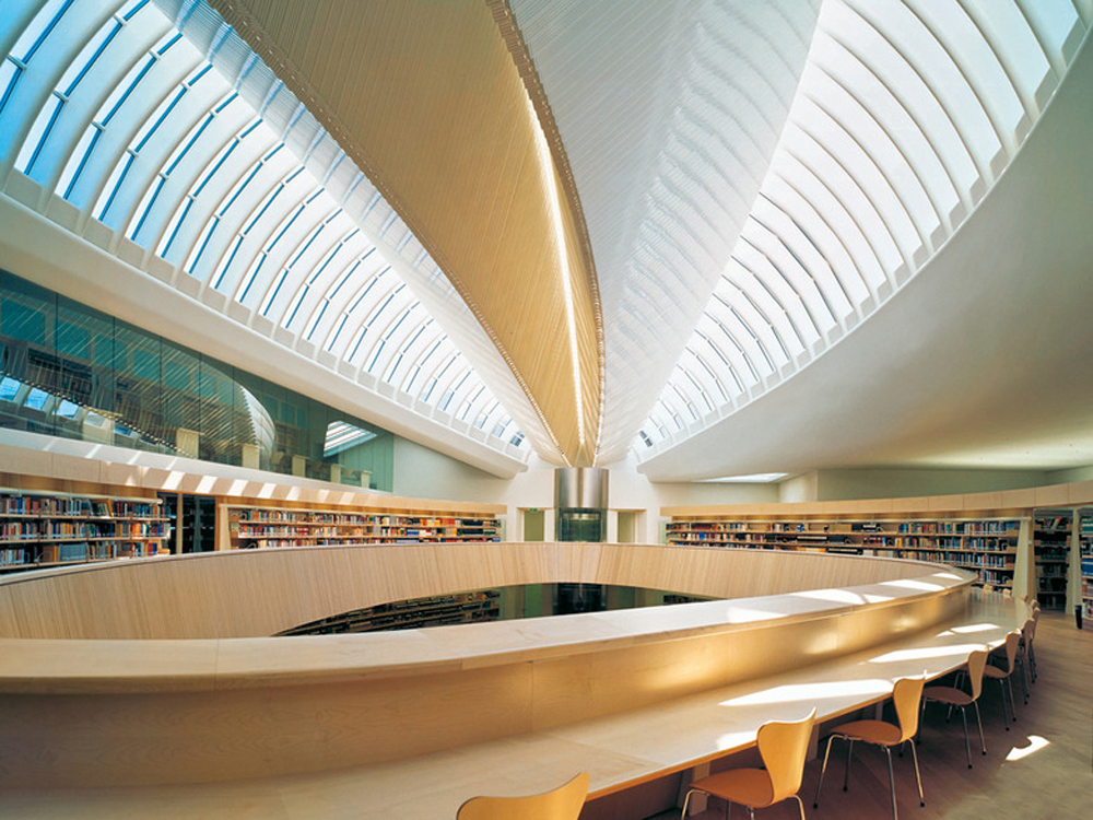 library-of-the-faculty-of-law_4