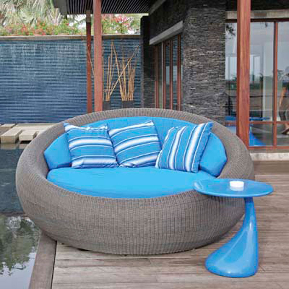 Modern-Outdoor-Furniture-for-Beautiful-Yard_11
