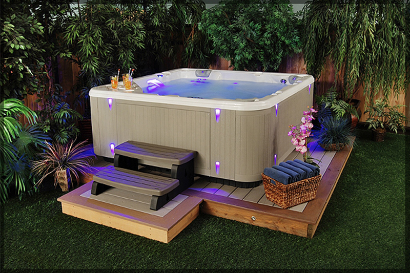 Backyard with hot tubs allarchitecturedesigns for Garden design ideas hot tubs