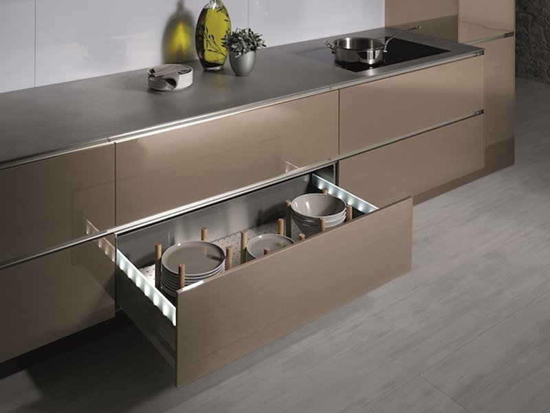 gold-bronze-metallic-kitchens_2