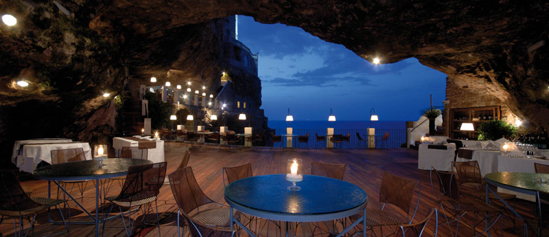 romantic-italian-restaurant-set-inside-cave_5